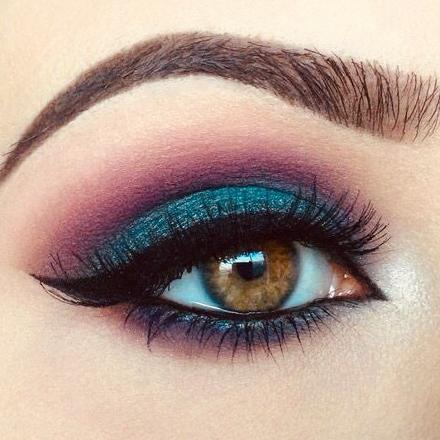 35 Color-rich Eye Makeup Designs for Women 2020 eyebrows, eye shadow, eyeliner, eye makeup, eye makeup trends 2020, eye makeup ideas