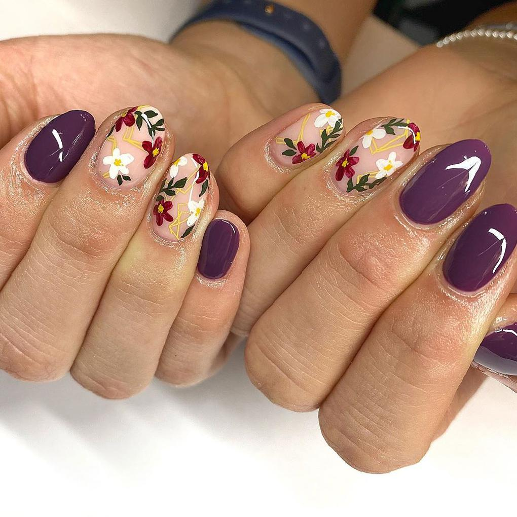 40 Stand-Out Summer 2020 Nail Designs That Will Brighten Your Day summer nail designs, glitter nail designs,matte nail designs,nail designs flowers,fruit nail designs,bold nail designs