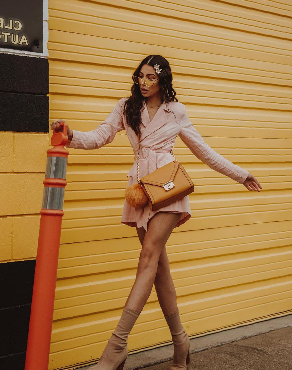 40 Awesome High-Heeled Shoes Make Your Summer Outfit Splendid high-heeled shoes,high-heeled shoes for summer,stilettos high heeled shoes,summer outfits,ankle straps high heeled shoes,strappy stilettos,chunky stilettos